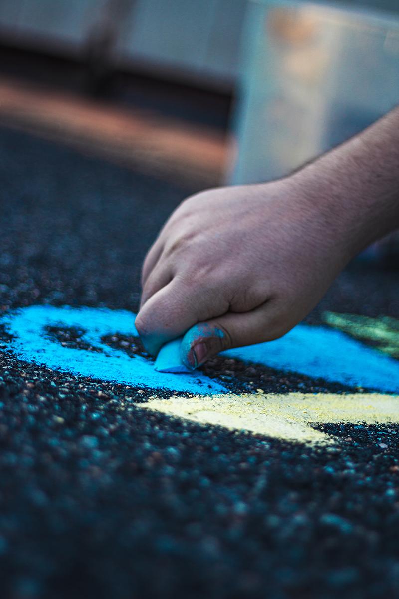 Driveway Chalk Art 4